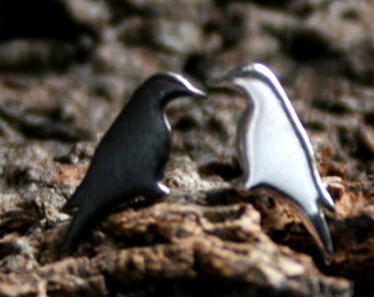 Crow. Sterling Silver ear studs. 'Forest friends' collection. Tiny crows. Exclusive design. Eco-friendly Natural or Black silver.