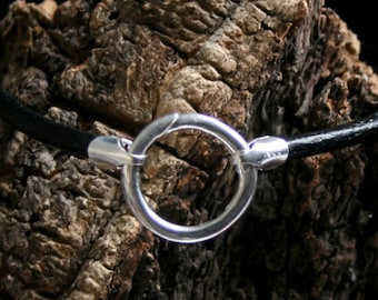 Discrete permanently locking 'O' ring Sterling silver slave bracelet. Choose Black/pink/purple leather. Story of 'O' bracelet. Captive ring.
