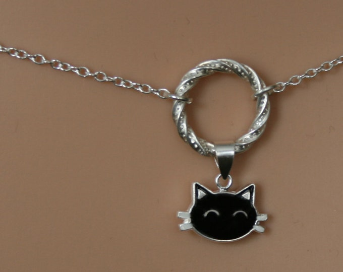 Sir's Kitten ~ PERMANENTLY LOCKING Black Cat discrete Fancy O ring waist chain. Sterling silver Eternity ring/Infinity ring BDSM belly chain
