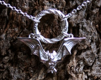 Gothic Bat ~ Discrete PERMANENTLY LOCKING Fancy O ring Day Collar / Slave Necklace. Sterling silver. Captive ring collar. Choker / necklace