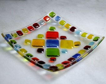 Bejewelled (D1) mosaic series fused glass trinket / sushi plate in a range of vibrant hues. Red/Yellow/Orange/Green/Blue 14.5x14.5 cm square