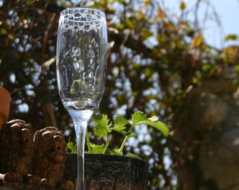 Barbed Wire - Pair of exclusive design barb wire bordered Champagne glasses! Gothic, Biker, Weddding, Halloween - personalization available