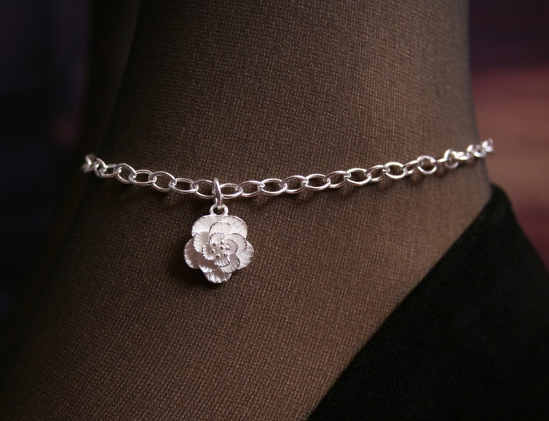 Camellia. PERMANENTLY LOCKING Slave Ankle Chain Bracelet. BDSM image 0