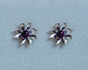 Handmade 'Ma Petite Fleur' earrings. Traditionally hand made, sterling silver gemstone flower stud earrings with Amethyst. For pierced ears.