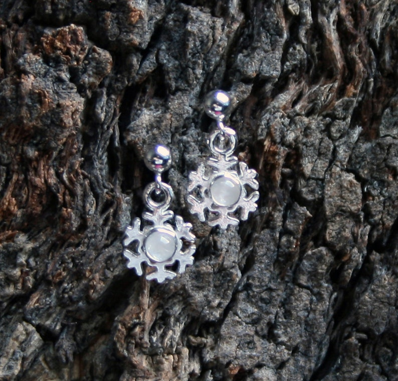 Winter snow  Snowflake stud drop earrings in Sterling Silver. image 1