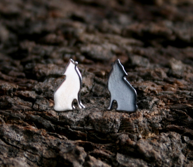 Howling Wolf. Sterling Silver ear studs. 'Forest image 0