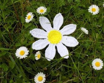Tutoriel de fabrication Broche pince à cheveux Marguerite crochetée-fleur au crochet déco applique-bijoux crochet-tuto fleur crochet-gerbera