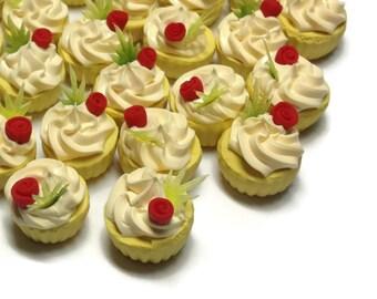Miniature Sweet - Cup cake - 5pcs For Dessert Supply Dollhouse Miniature - LOT279