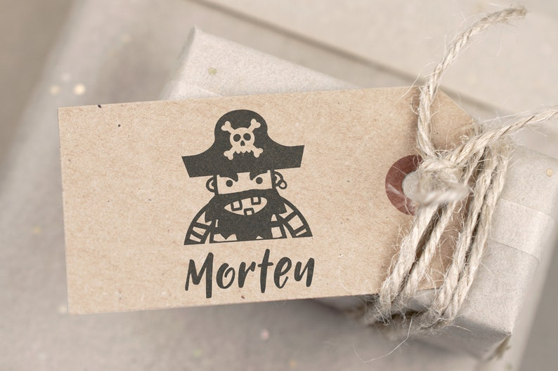 Small name stamp pirate-for first names