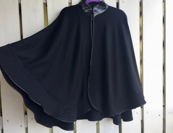 Black Cape, Ladies Black Wrap, Unisex Black Cape