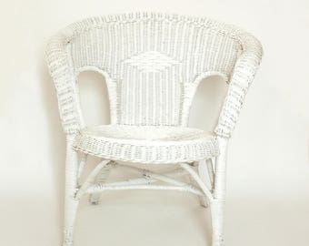 white wicker chair. Antique Deco White Wicker Chair-Victorian Style Full Size Chair-Indoor/Outdoor Porch/Patio/Beach House Armchair- Original \u0026 Wood Chair
