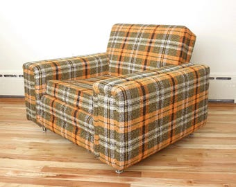 Incroyable Mid Century Plaid Lounge Club Chair  Orange Green Black White Plaid Tweed  Upholstery  Square Lounge Chair  Super Retro!