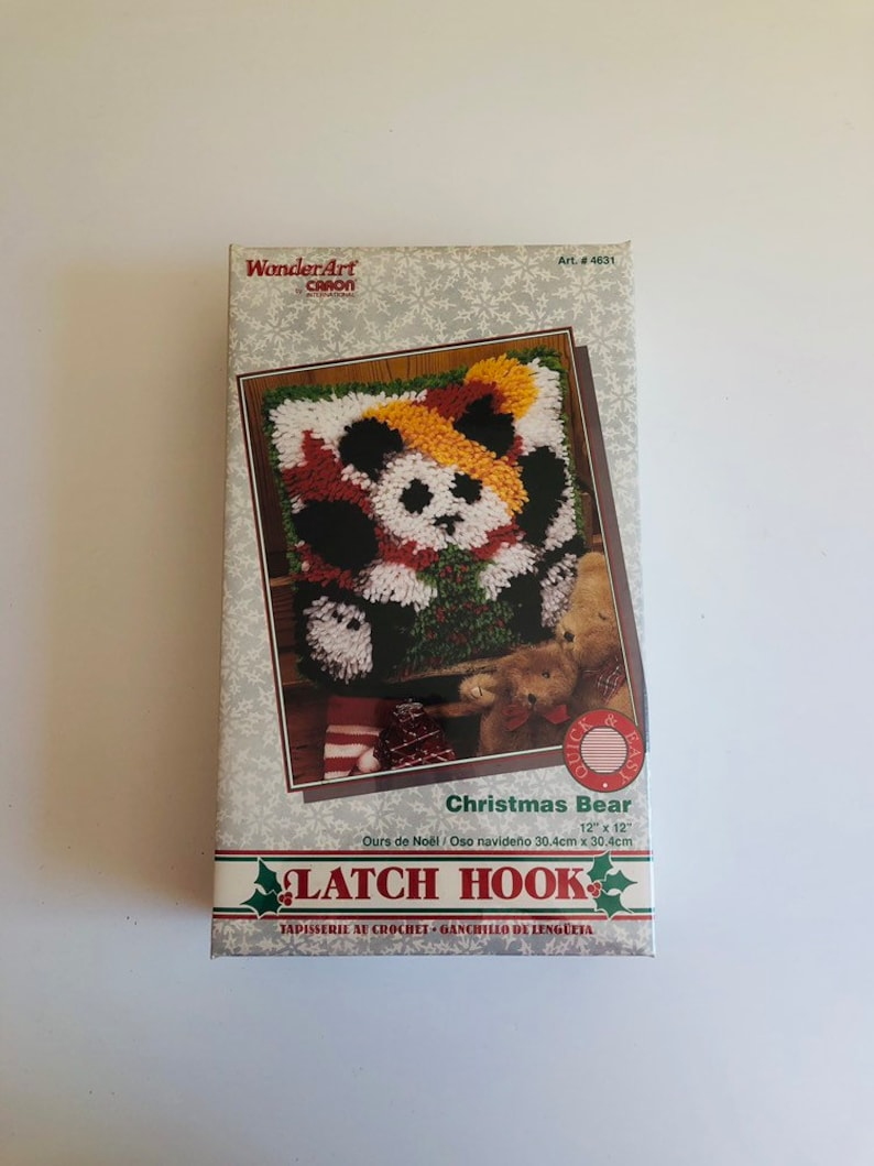 Christmas Bear Latch Hook Rug Or Pillow Kit Wonderart By Caron
