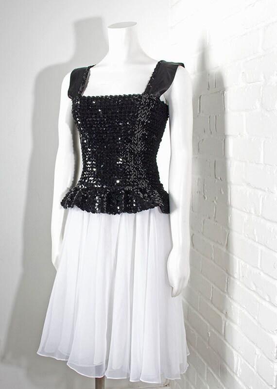 Vintage womens 1980's party dress // black sequins