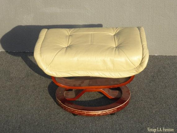 Surprising Vintage Mid Century Modern Ottoman Bench W Yellow Cream Leather Unemploymentrelief Wooden Chair Designs For Living Room Unemploymentrelieforg