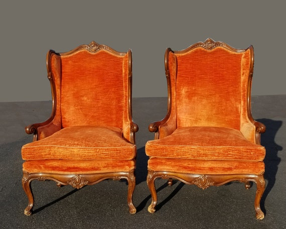 Swell Vintage Pair Of Mid Century Modern French Provincial Orange Velvet Wingback Chairs With Down Fill Cushions Gmtry Best Dining Table And Chair Ideas Images Gmtryco