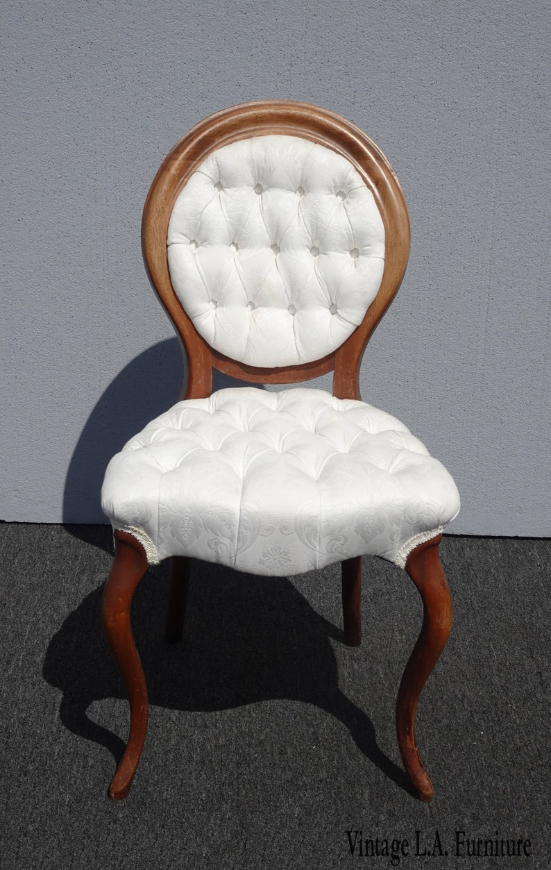 Miraculous Vintage French Provincial White Tufted Accent Chair Or Vanity Chair Ibusinesslaw Wood Chair Design Ideas Ibusinesslaworg