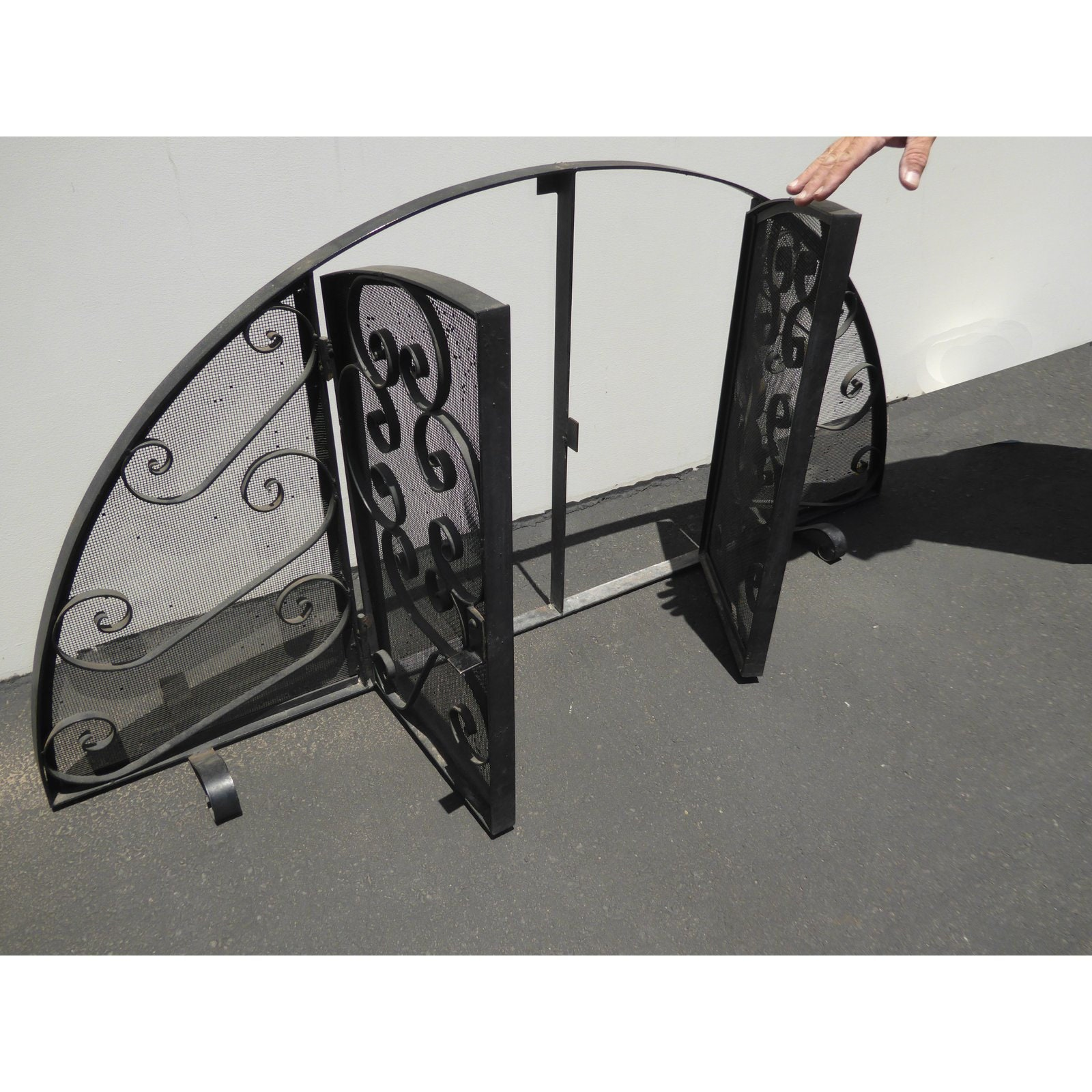 1960 S Vintage Spanish Style Black Wrought Iron Arched