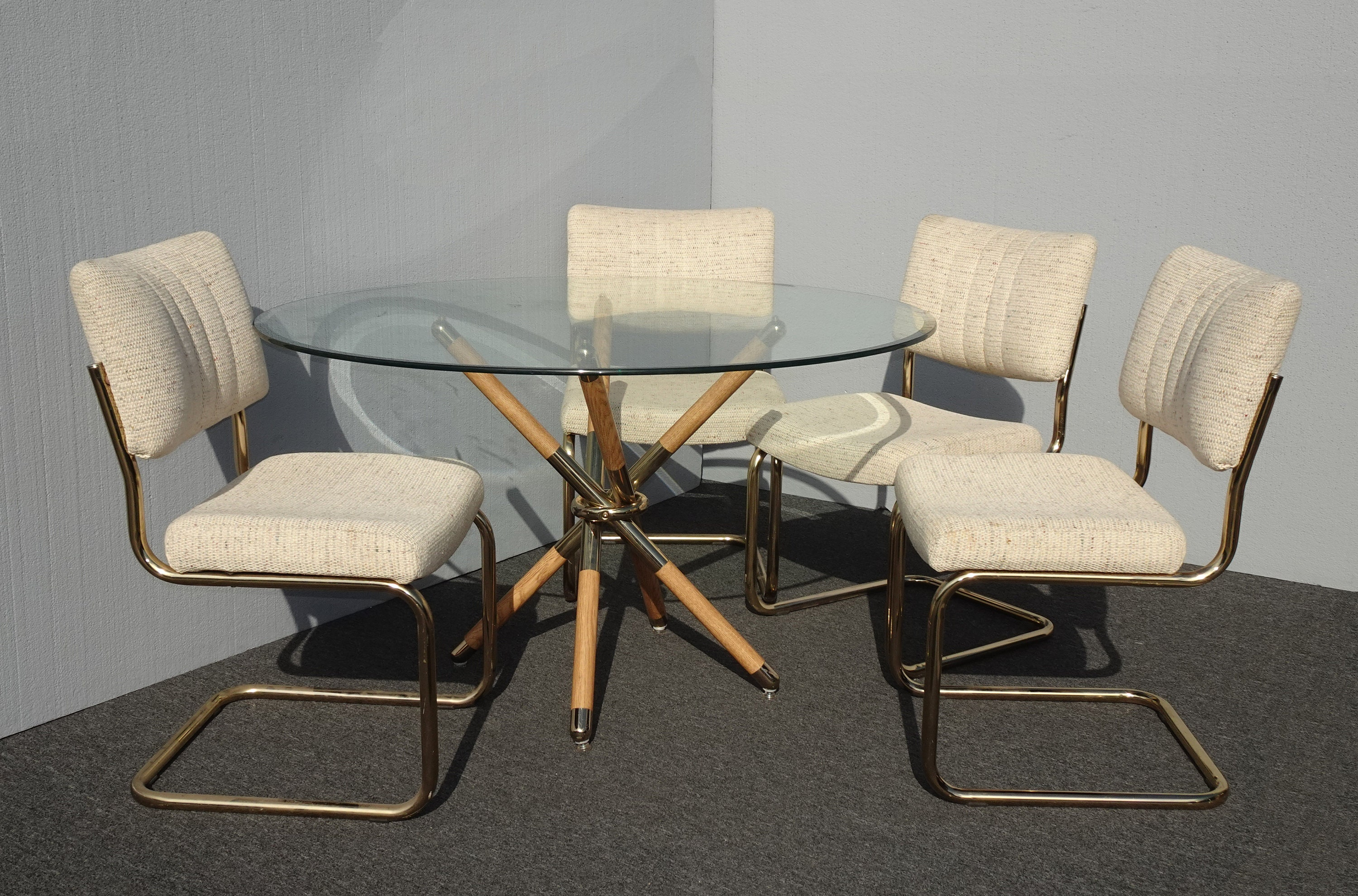 White And Gold Dining Chairs: Set Of Four Mid Century Modern Off White Twead & Gold