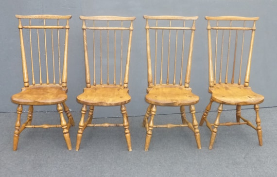 Admirable Set Four Vintage Windsor French Country Dining Room Chairs Colonial Farmhouse Machost Co Dining Chair Design Ideas Machostcouk