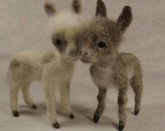Needle felted pattern for a miniature donkey, needle felted donkey tutorial, PDF instant download tutorial, Needle felting tutorial