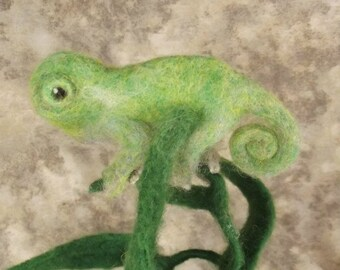 Needle felted Animal, needle felted chameleon, Chameleon, Needle felted Lizard, Needle felted sculpture
