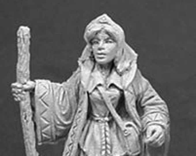 Gwendalyn the Healer - 02035 - Reaper Miniatures