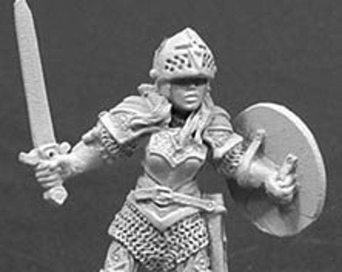 Nicole of the Blade - 02036 - Reaper Miniatures