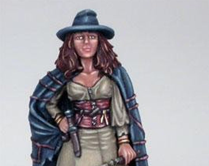 Elmore Masterworks: Female Witch w/Wand - 1159 - Dark Sword Miniatures