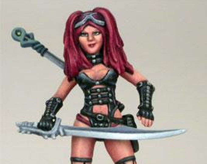 Elmore Masterworks: Female Goth Warrior - 1160 - Dark Sword Miniatures