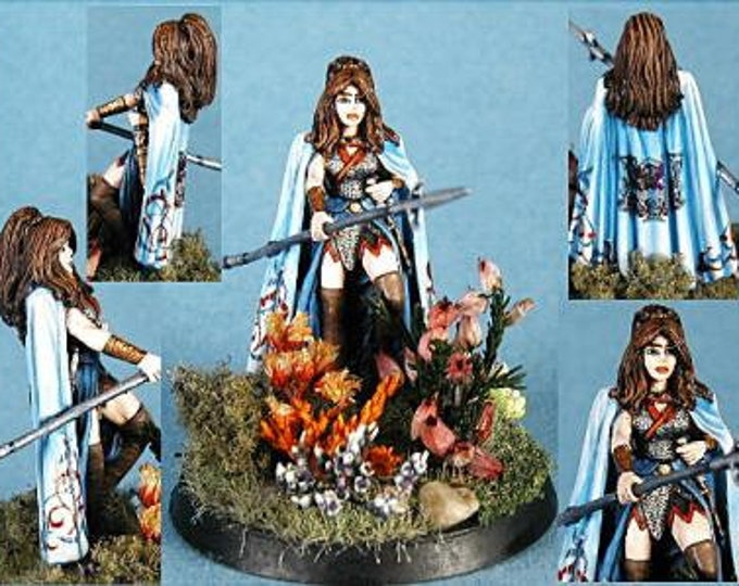 Elmore Masterworks: Female Dark Elf w/Pike - 1129 - Dark Sword Miniatures