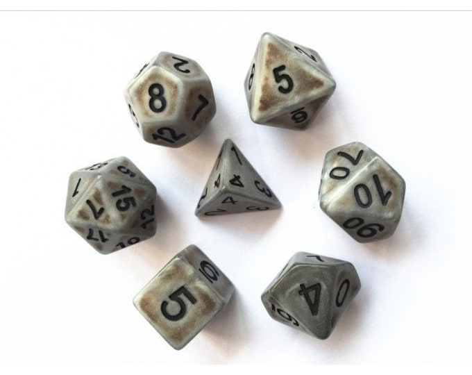HDDice 7 Die Polyhedral Ancient Dice Set (Silver) - Purchasing Cooperative
