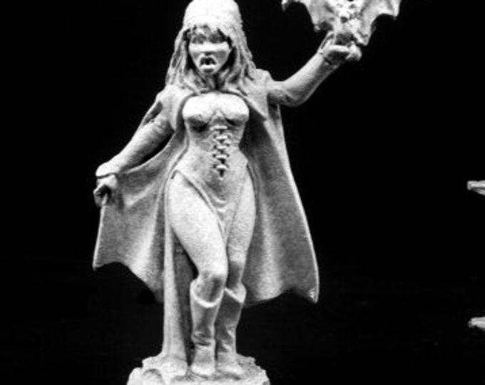 Siobhana, Vampiress - 03794 - Reaper Miniatures
