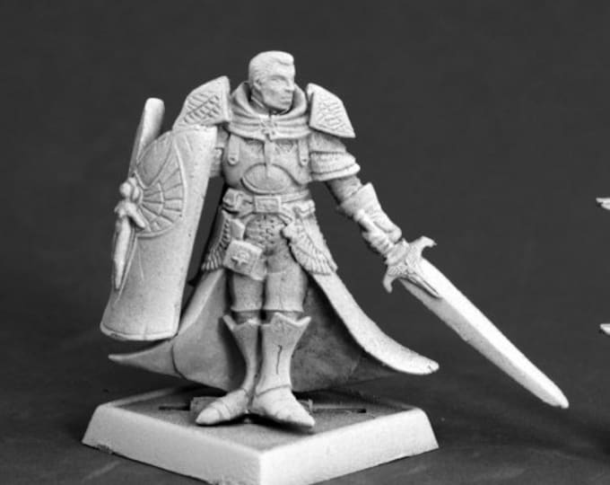 Holy Vindicator - 60111 - Reaper Miniatures