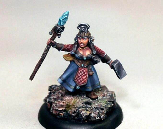 10051: Astrid Thunderhammer - Bombshell Miniatures