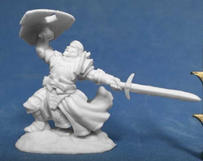 Reaper 77385: Sir Rathan Kranzhel, Human Fighter - Reaper Miniatures