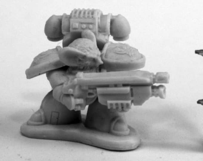 80082: Space Mousling Looking Left - Reaper Miniatures