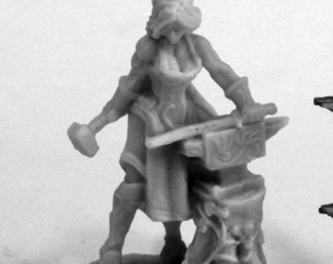 77459: Elven Blacksmith - Reaper Miniatures