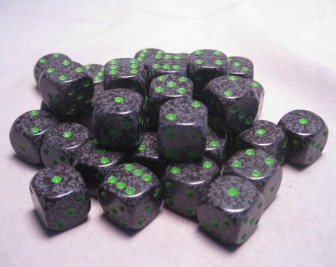 Earth Speckled 12mm d6 (36) - CHX25910 - Chessex