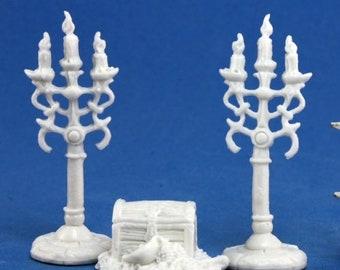 77138: Treasure Pile and Candelabra - Reaper Miniatures