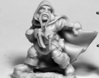 77479: Klaus Copperthumb, Dwarf Thief - Reaper Miniatures