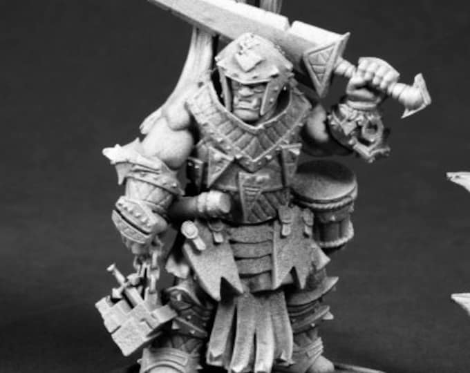 Oloch, Iconic Warpriest - 60175 - Reaper Miniatures