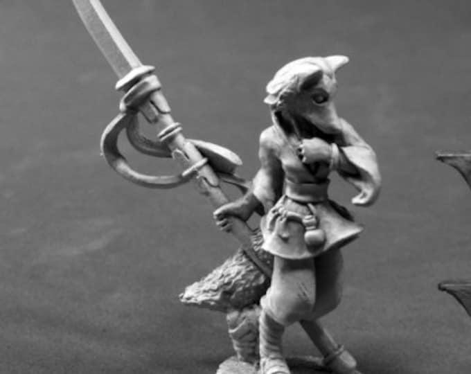 03802: Dijoro, Female Kitsune - Reaper Miniatures
