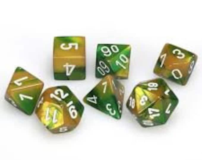 7-Die Set Gemini: Gold-Green/White - CHX26425 - Chessex