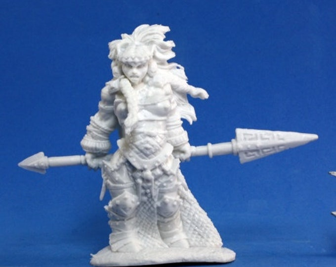 77100: Vanja, Fire Giant Queen - Reaper Miniatures