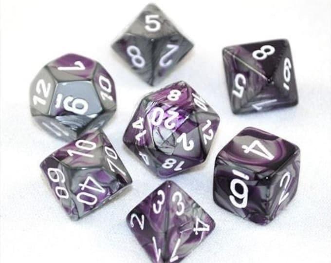7-Die Set Gemini: Purple-Steel/White - CHX26432 - Chessex