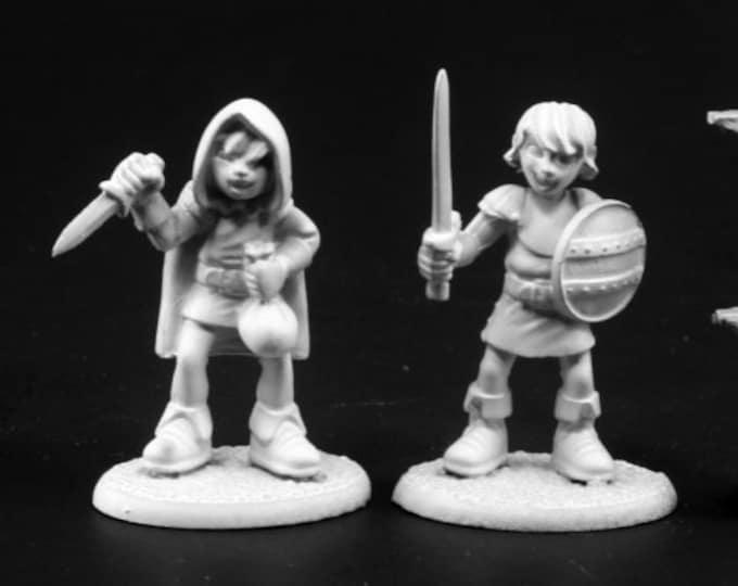 Adventuring Kids #2 (2) - 03783 - Reaper Miniatures