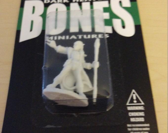77149: Damien, Hellborn Wizard - Reaper Miniatures