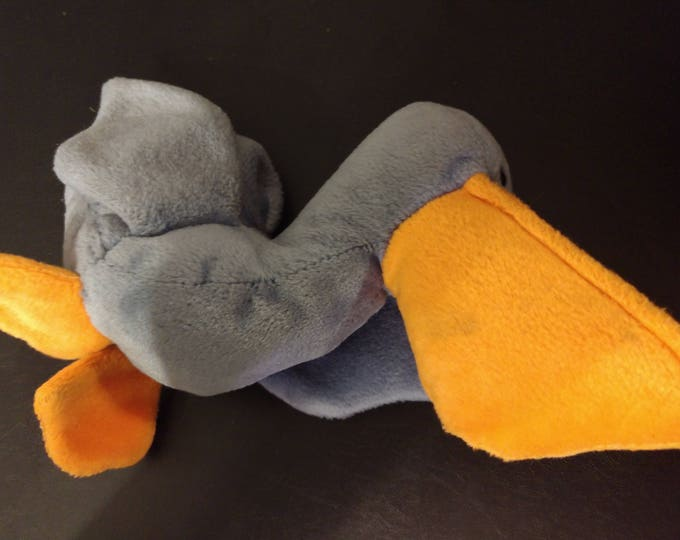 Scoop the Pelican - Ty Beanie Babies - 1996