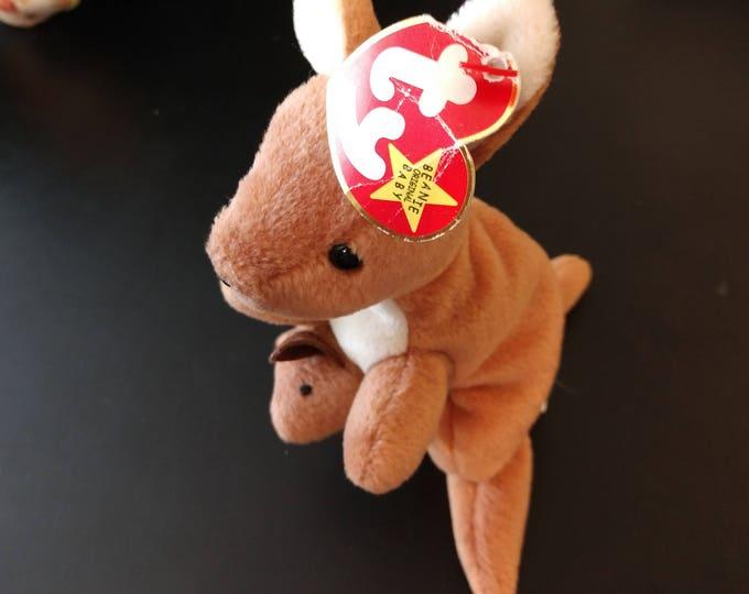 Pouch the Kangaroo - Ty Beanie Babies - 1996